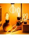 Пример свечения светодиодной филаментной лампы Geometric DL E27 8W 2300K